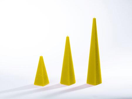 Pyramidenkerzen gelb