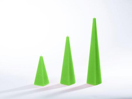 Pyramidenkerzen grasgrün