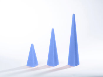 Pyramidenkerzen hellblau